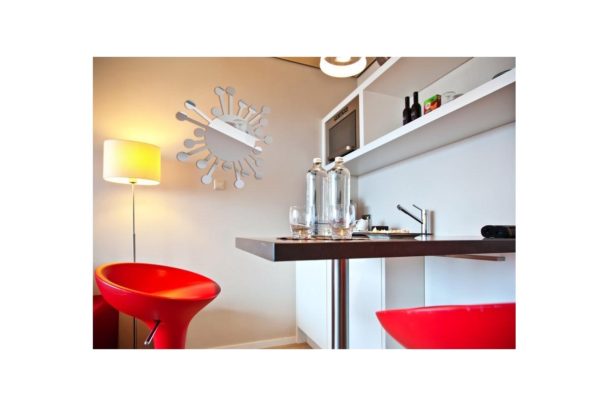 Miroir design soleil bulles tendancemiroir for Miroir designer